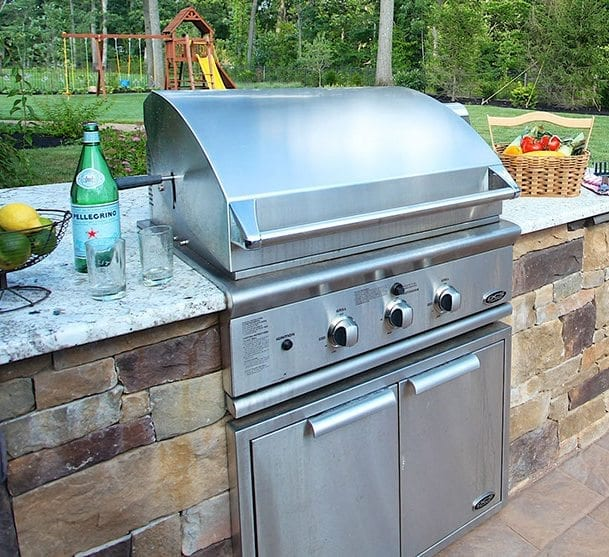 built in bbq grill