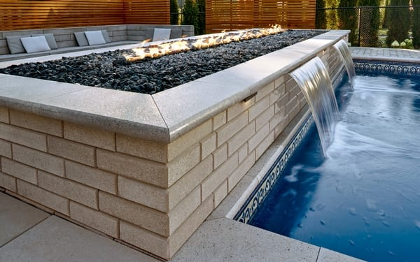 Fireplaces, Firepits & Gas Burners