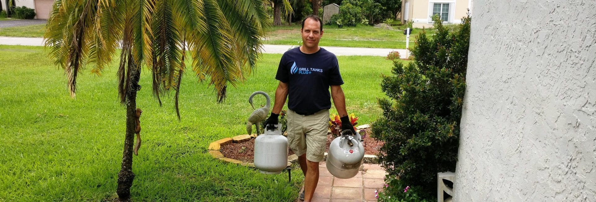 PAUL DELIVERING PROPANE TANKS TO FORT LAUDERDALE FL