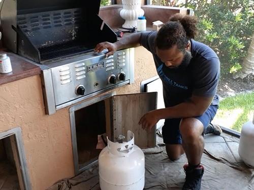 propane tank tip scale method